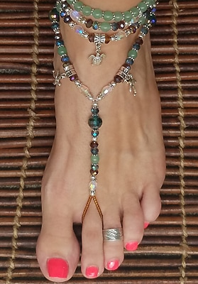 Ocean lovers foot jewelry crafted using aventurine, glass and silver plated beads with starfish dangle charms